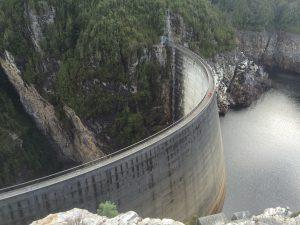 Bike trip dam wall